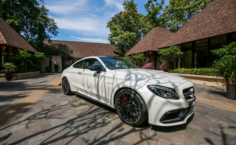 Mercedes-AMG-C-63-S-Coupe--(22)