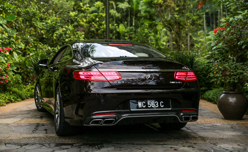 Mercedes-AMG-S-63-Coupe-(43)