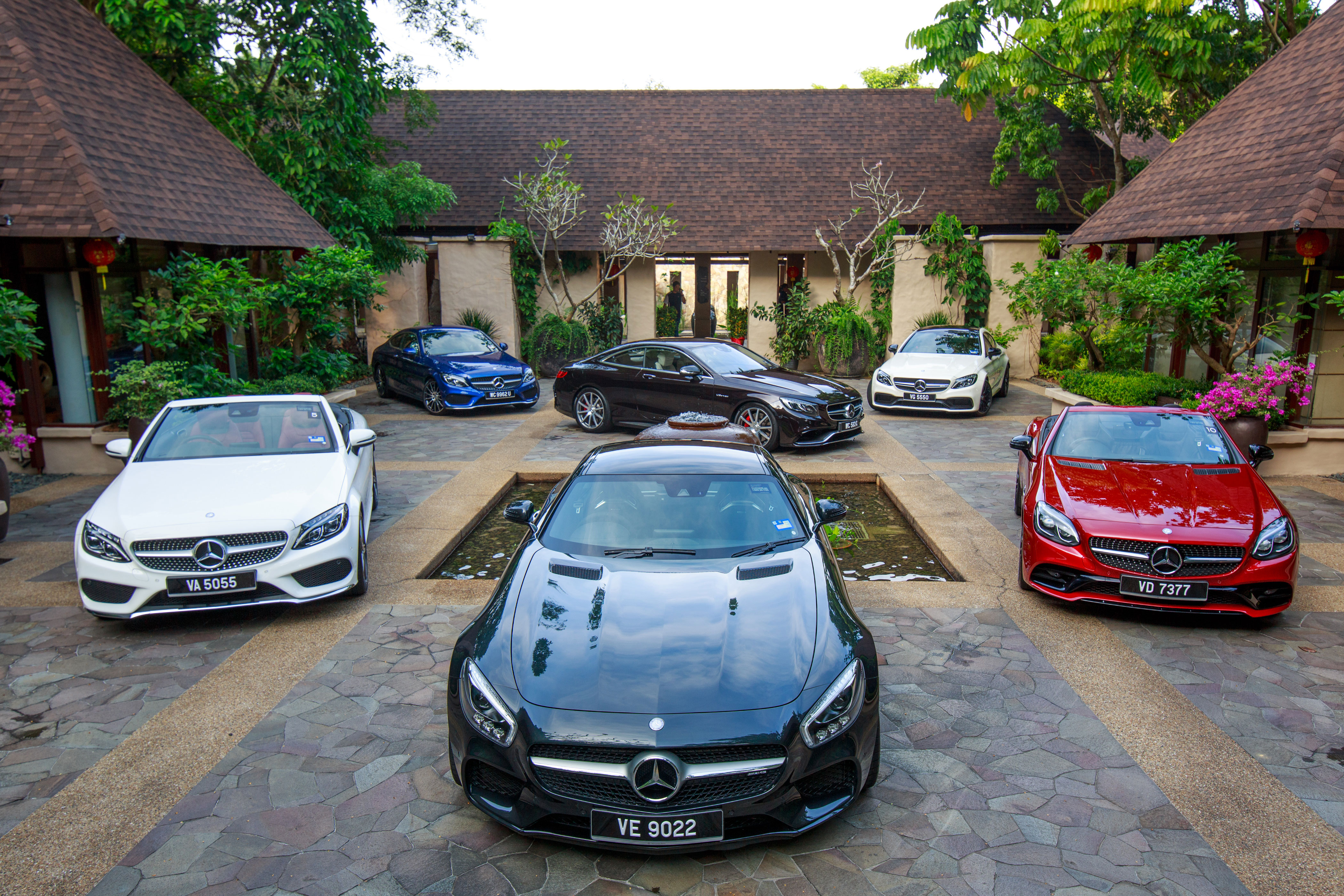 how mercedes benz took on the winding roads of ipoh like a. Black Bedroom Furniture Sets. Home Design Ideas