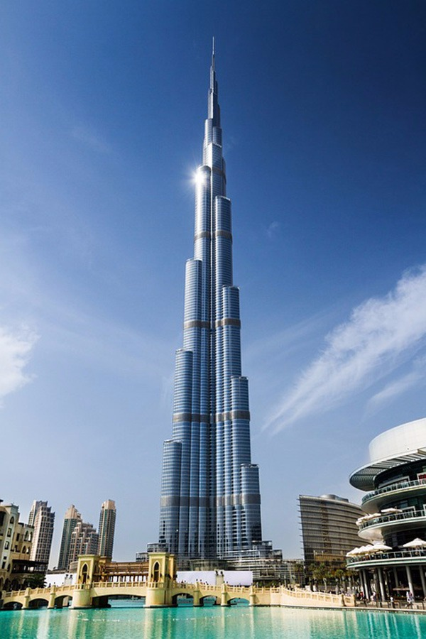Tallest building in the world - Burj Khalifa, UAE
