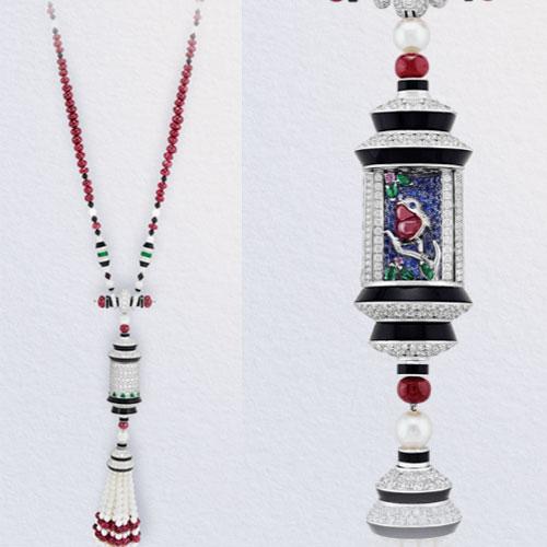 Oiseau sur la brance necklace