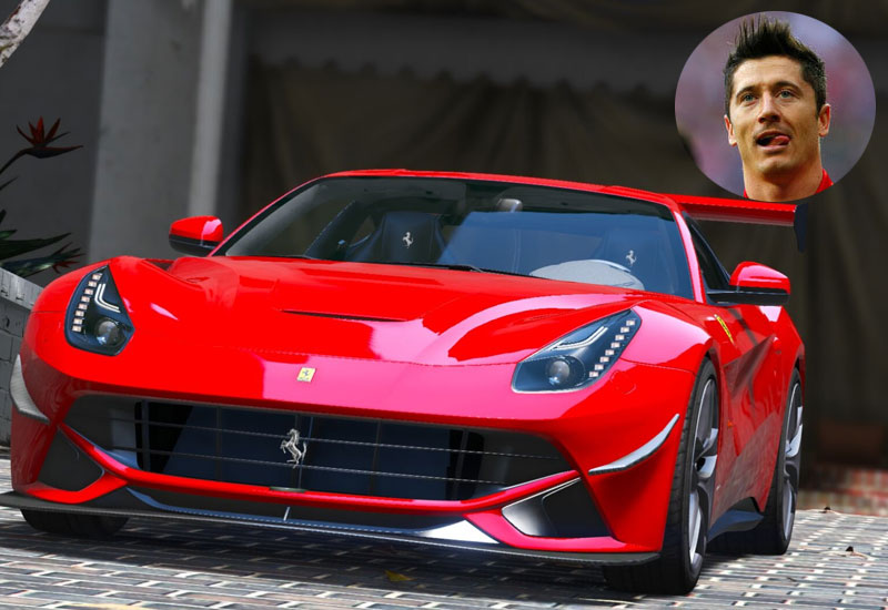 Robert Lewandowski - Ferrari F12