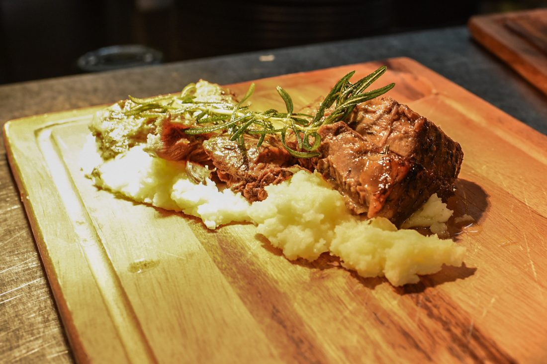 Slow cooked beef ribs with garlic mash