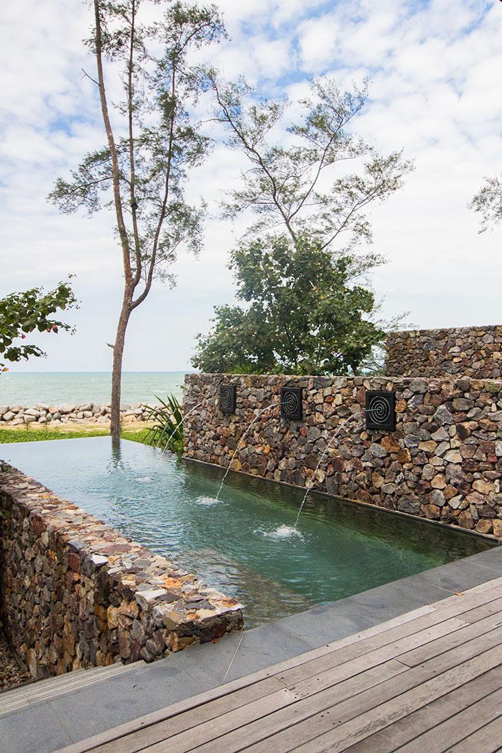 The Kasturi Beach Front Villa plunge pool