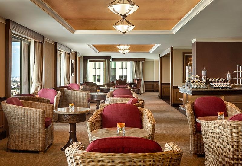 Sule Shangri-La Yangon Horizon Lounge