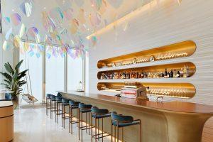 The cocktail bar at Le Café V