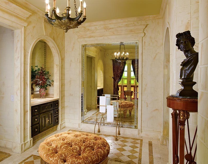 The bathroom of the Signature Suite, formerly Santo Versace's room