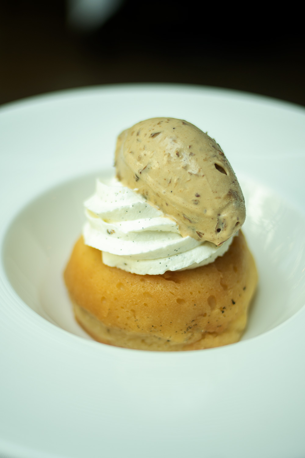 Baba au Rhum with raisins ice cream