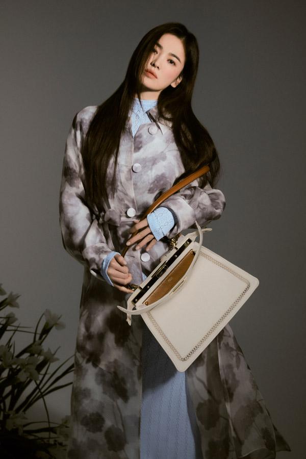 Song Hye Kyo – Chaumet, Fendi, Sulwhasoo